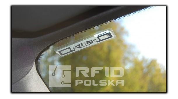 Jak oznaczyć pojazd tagiem RFID?