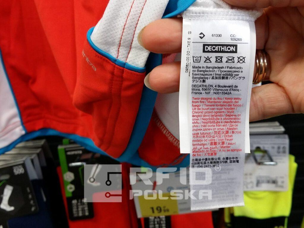 metki odzieżowe RFID, znakowanie odzieży etykiety RFID, wszywki ubraniowe RFID i metki towarowe
