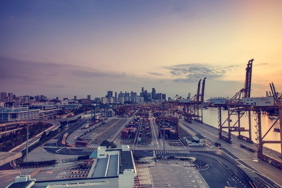 Technologia i systemy RFID w logistyce i transporcie